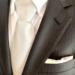 結婚式の服装 男性のシャツやカバンは?